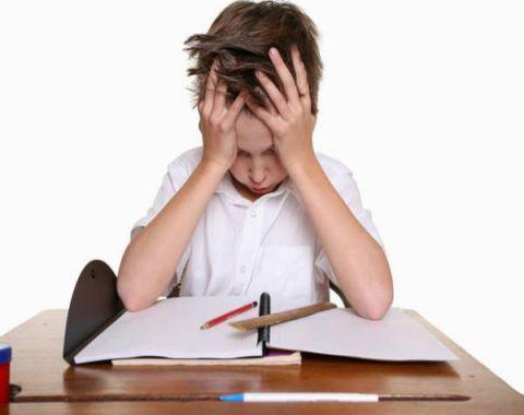 آسیب شناسی افت تحصیلی دانش آموزان
